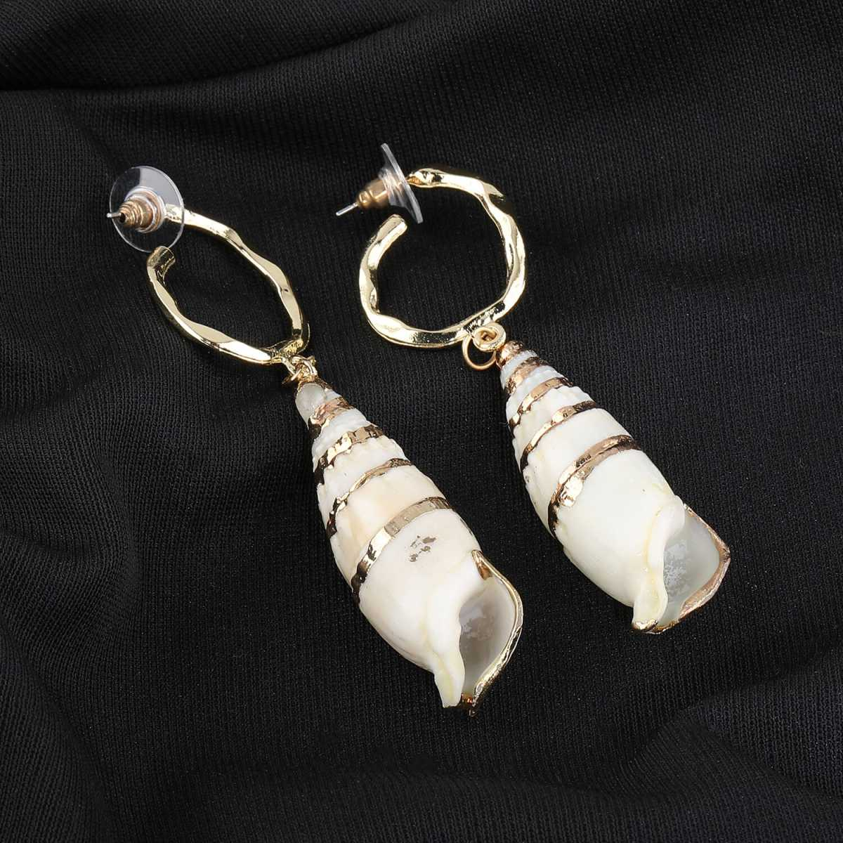 Silver Shine Unique Shell Design Earring For Girls and Women Jewellery