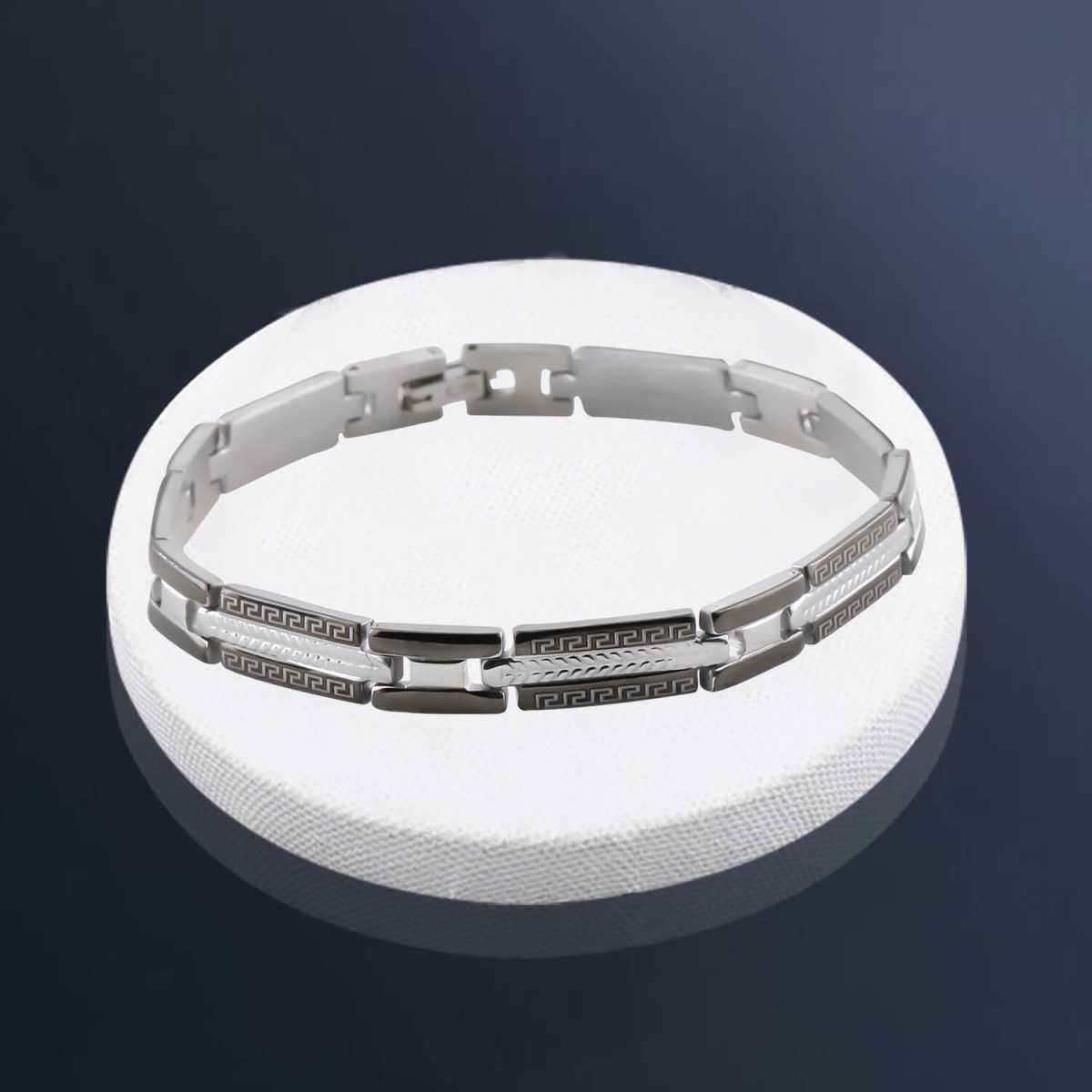 Charming Slim Style Designer Bracelet for men Jewellery