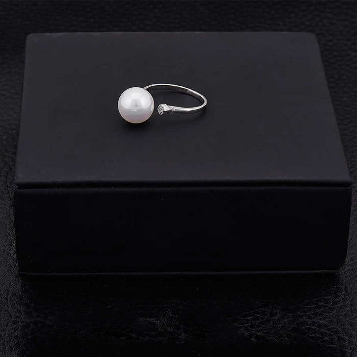 Unique Pearl With Diamond Silver Ring