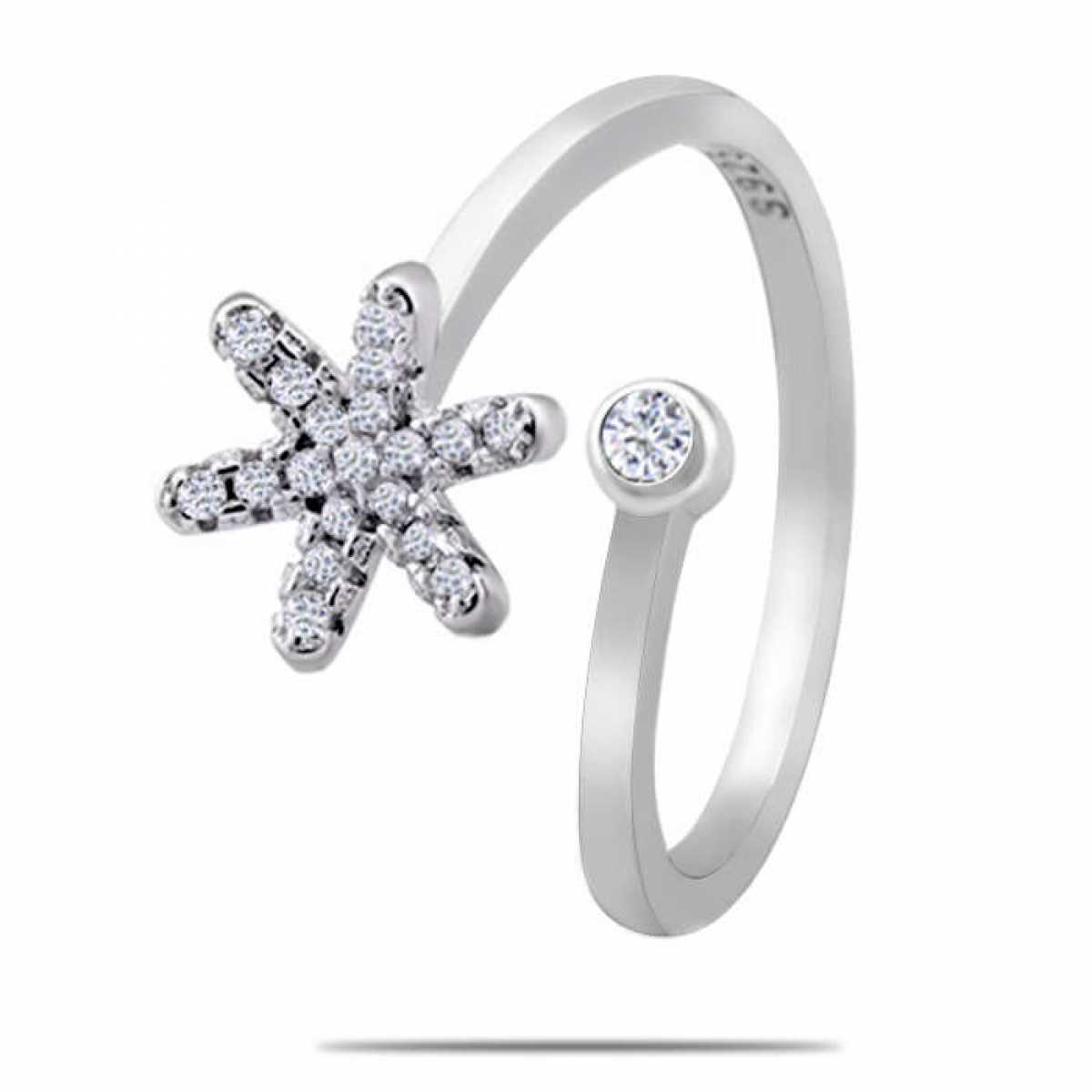 Star With  Diamonds Silver Ring