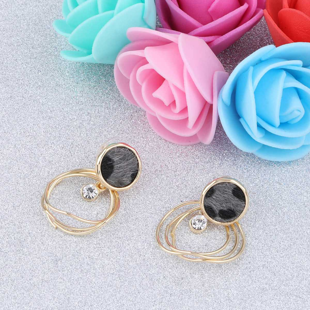 SILVER SHINE Amzaing  Gold Plated Stylish  Party Wear Stud Earring For Women Girl