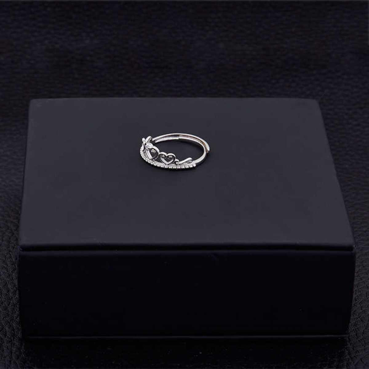 Diamond Queen Silver Ring