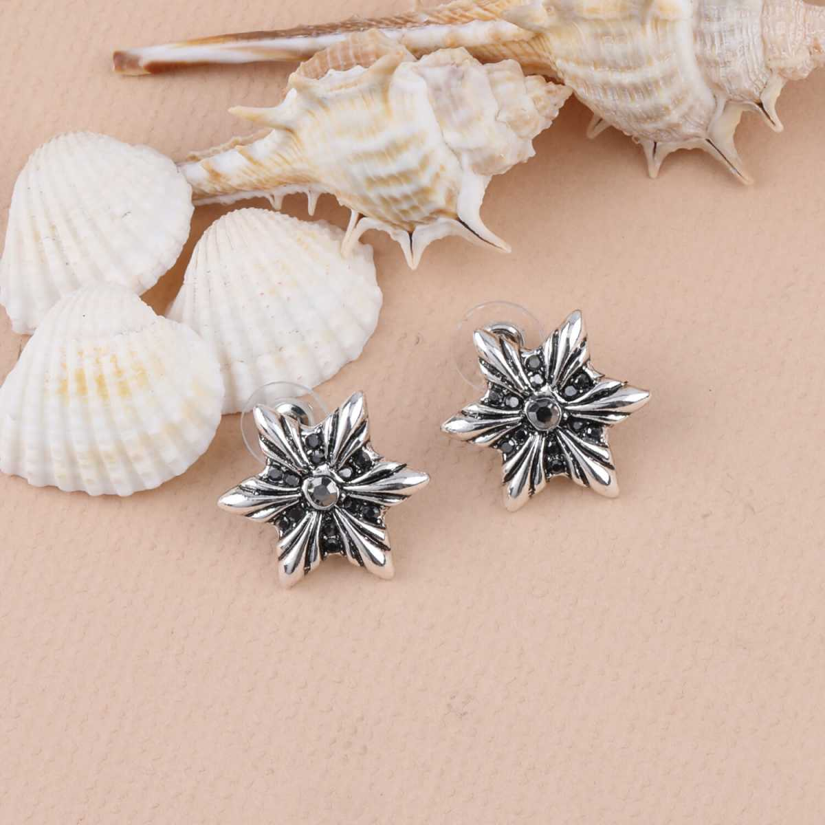 SILVER SHINE Fashion Stylish look Stud Earring For Women Girl
