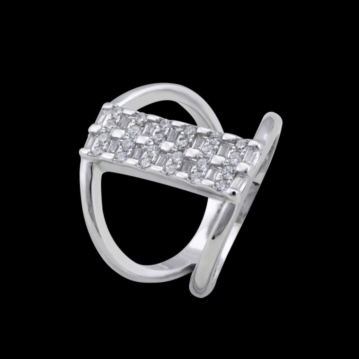Diamond Connected Circle Silver Ring