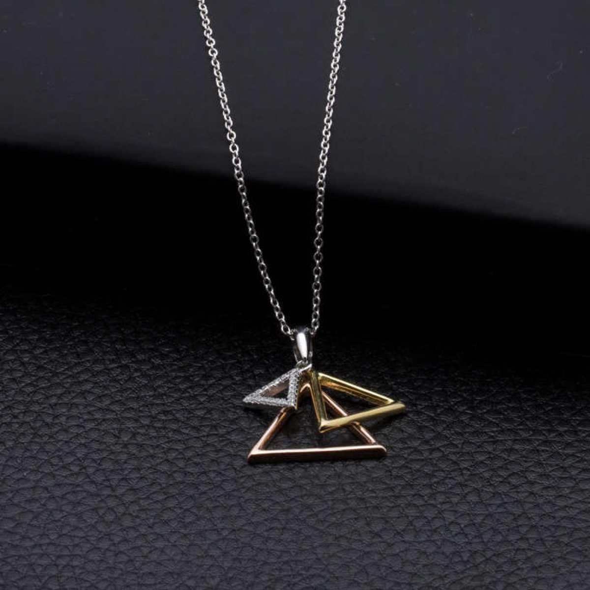Pyramid Triangle  Chain