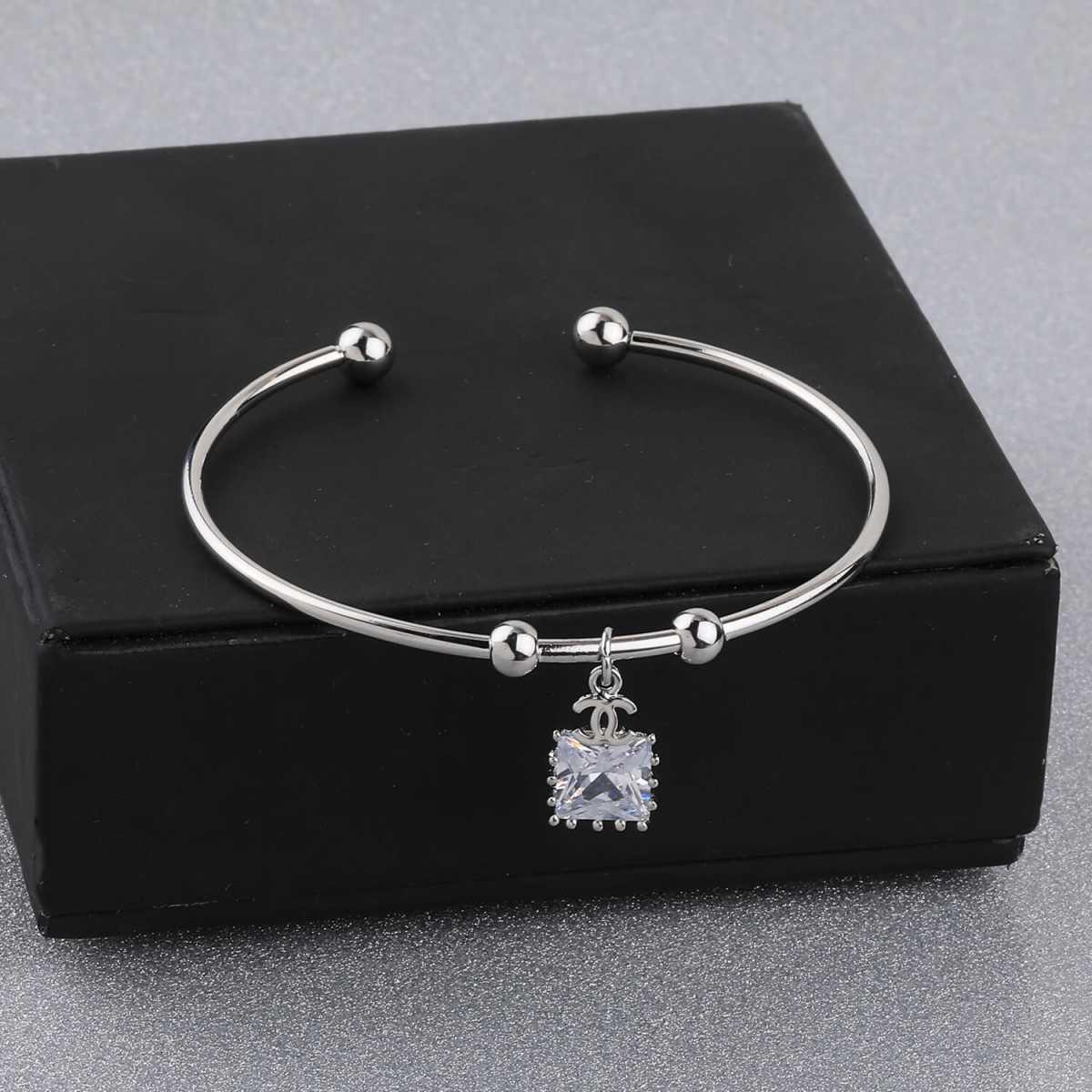 SILVER SHINE Stylish Look Party Wear Adjustable Bracelet With Diamond For Women Girls