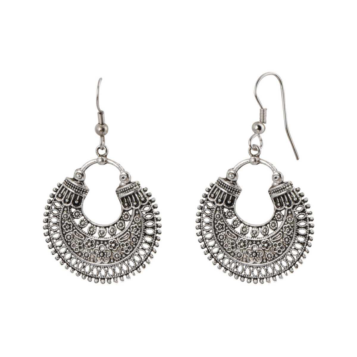 silver shine Eye-Catching Chandbali