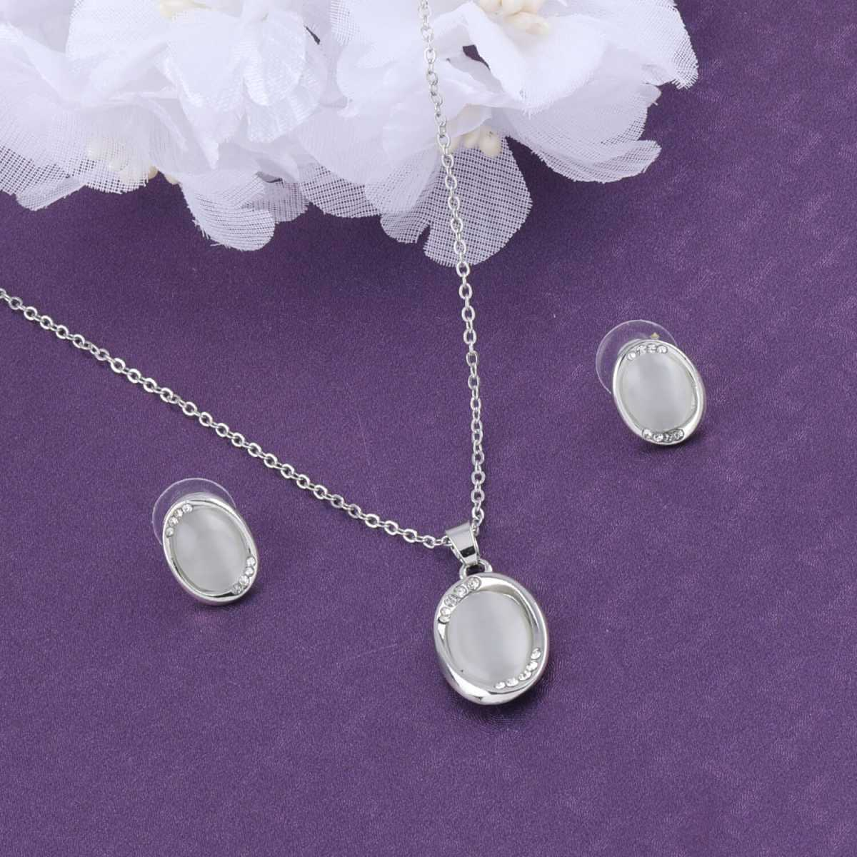 SILVER SHINE Delicate Silver Plated  Stylish  Pendant Set For Women Girl