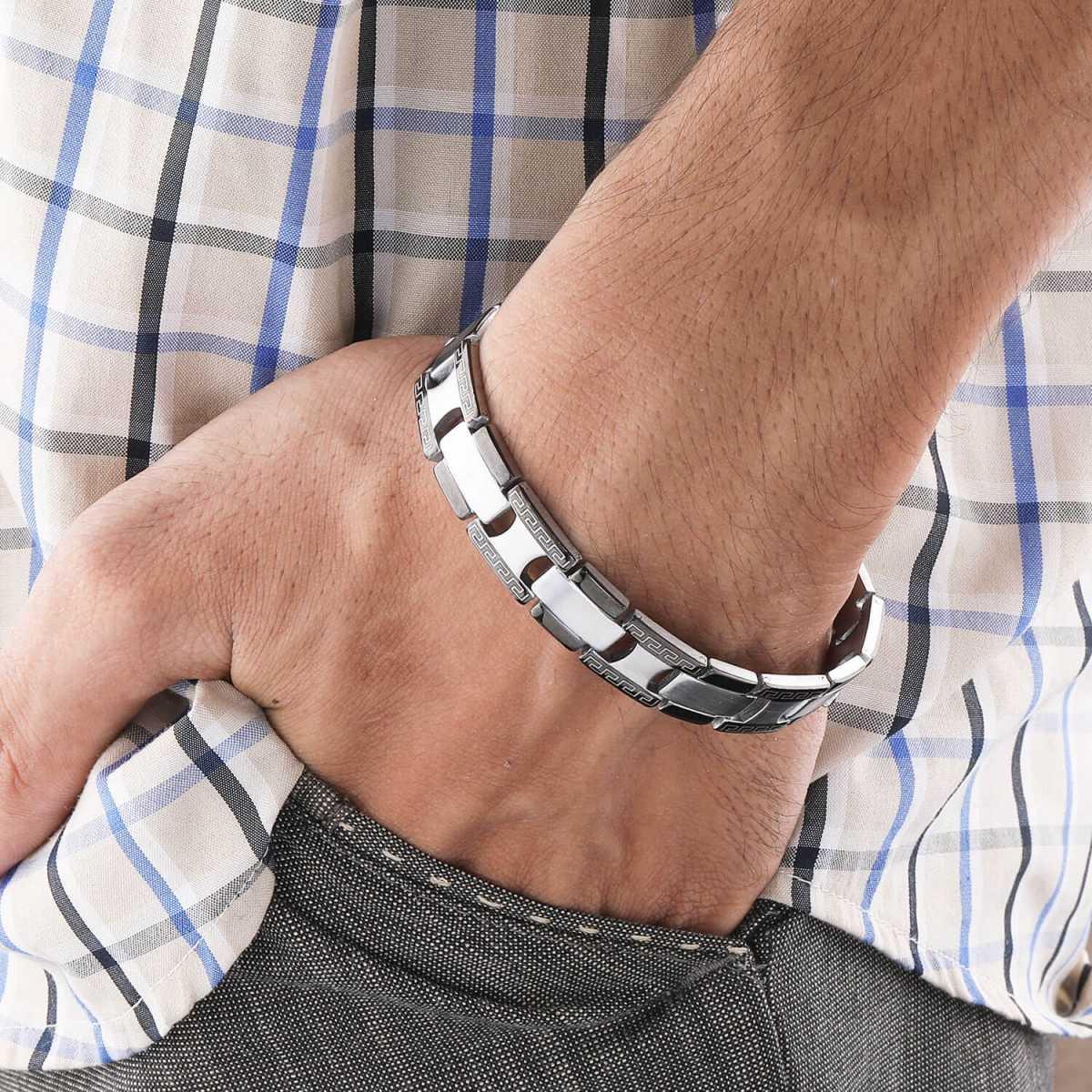 Dazzling Blackpolish Designer Bracelet for men Jewellery