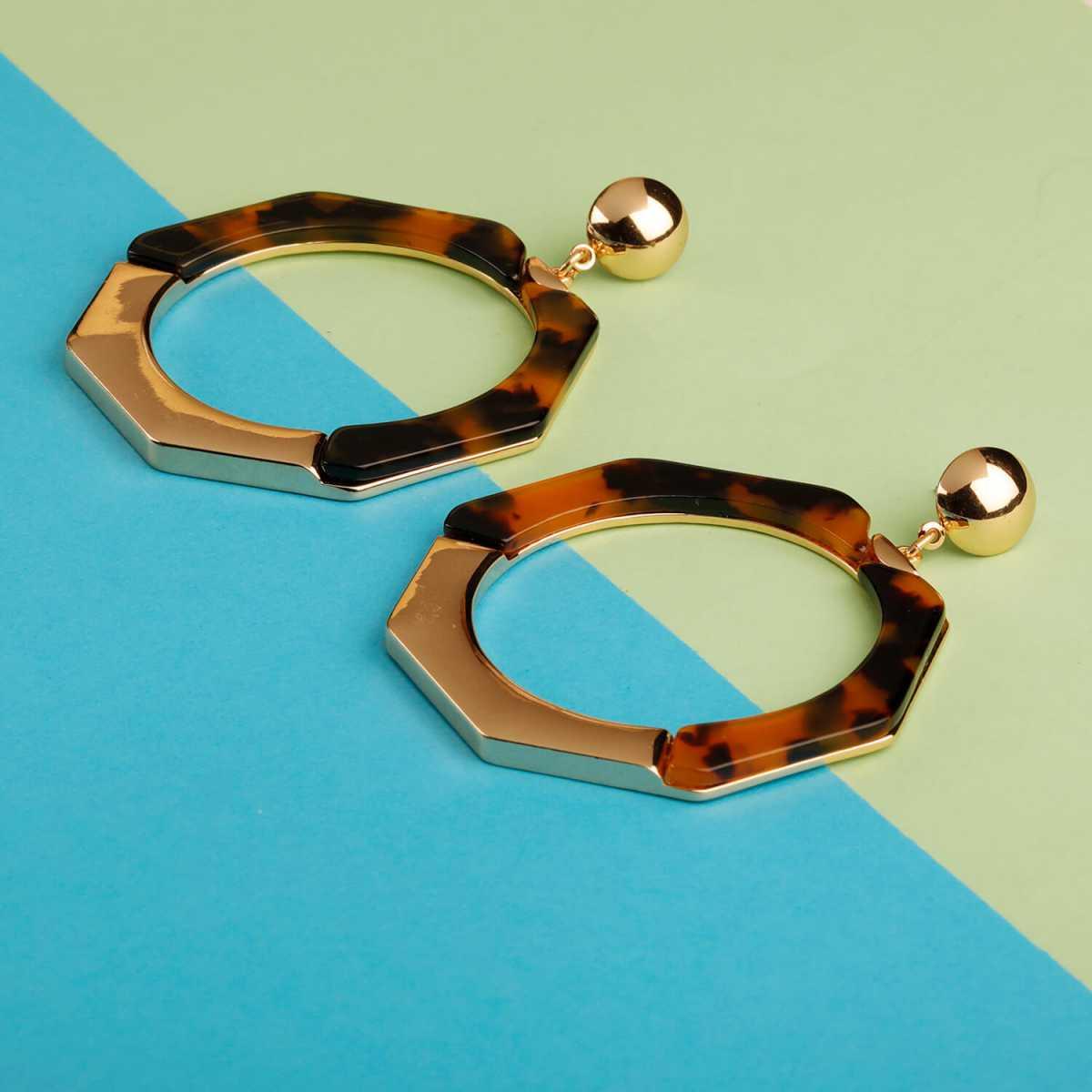 Silver Shine Metallic Hexagonal Shape Partywear Earring For Girls and Women Jewellery