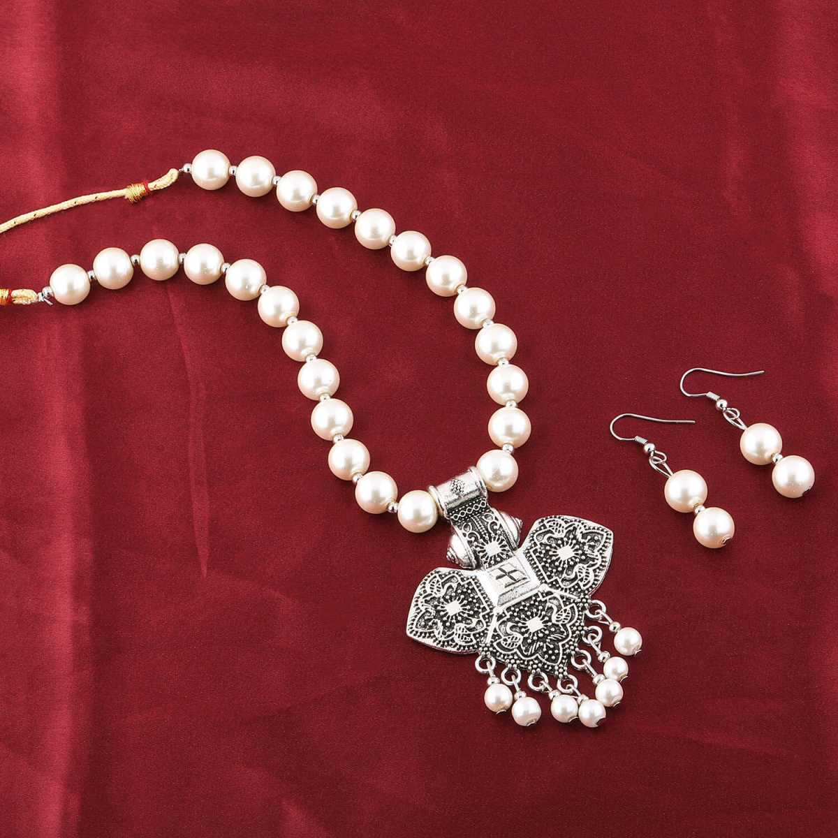 Exclusive Oxidised Pendant White Pearl Jewellery set for Women