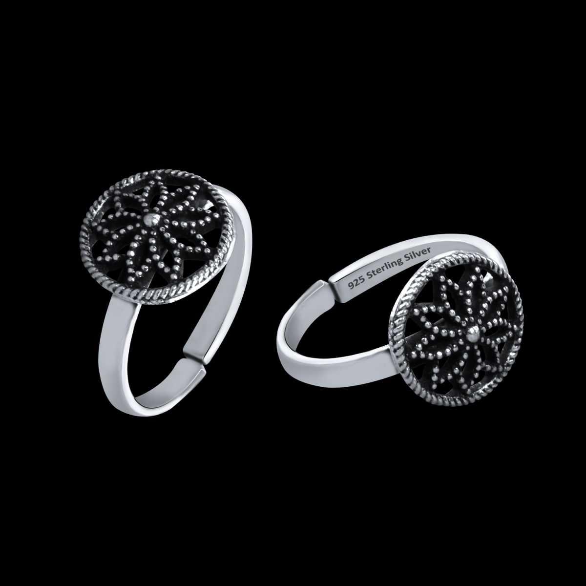 Stunning Flower Chakara Oxidised  Toe Rings