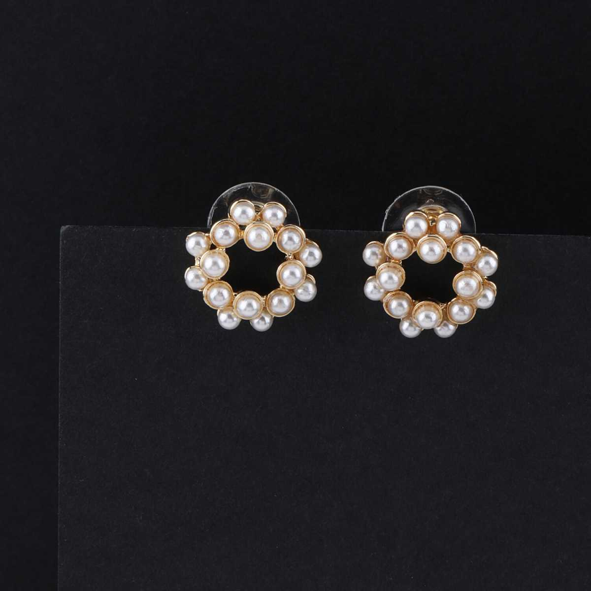 SILVER SHINE Party Wear Stylish Pearl Stud Earring For Women Girl