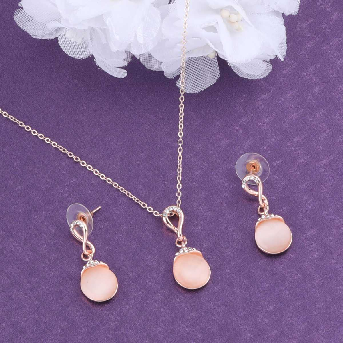 SILVER SHINE Exclusive Delicate Pendant Set For Women Girl