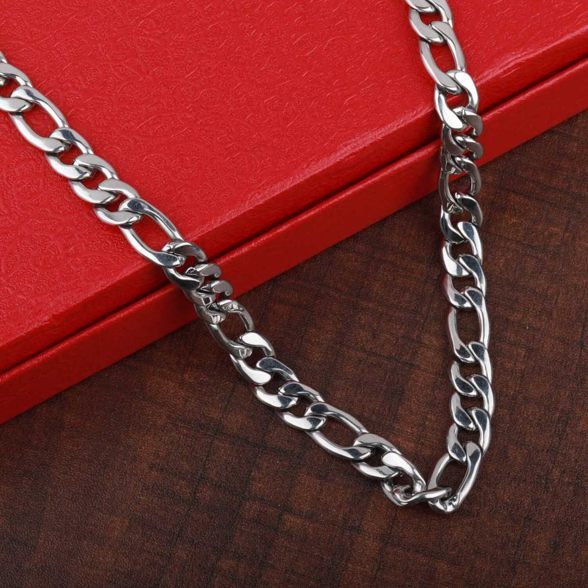SilverPlated Adorable Figaro Chain For Men and boy Jewellery