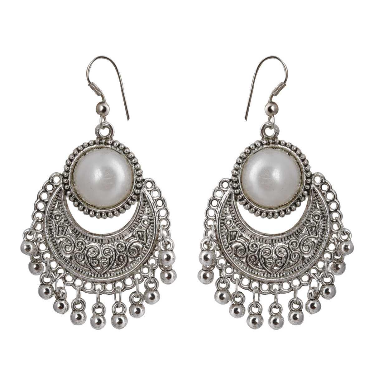 silver shine Eye-Catching Chandbali With Pearl