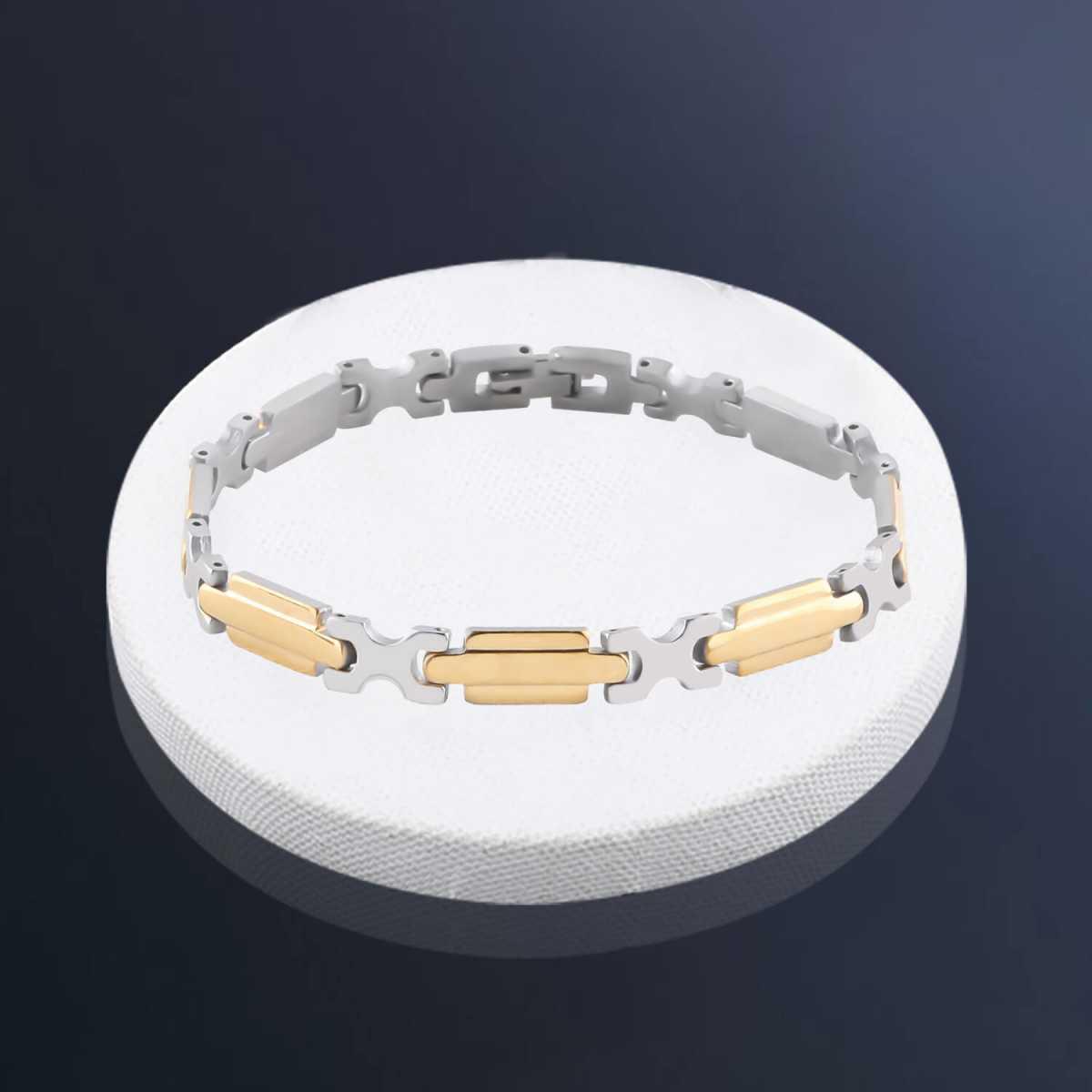 Adorable slim Designer Bracelet for men Jewellery