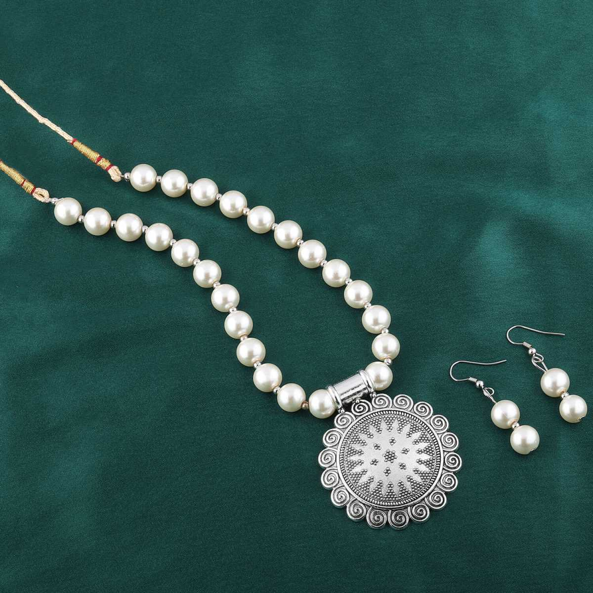 Amazing Oxidised Pendant White Glossy Pearl Jewellery set for Women