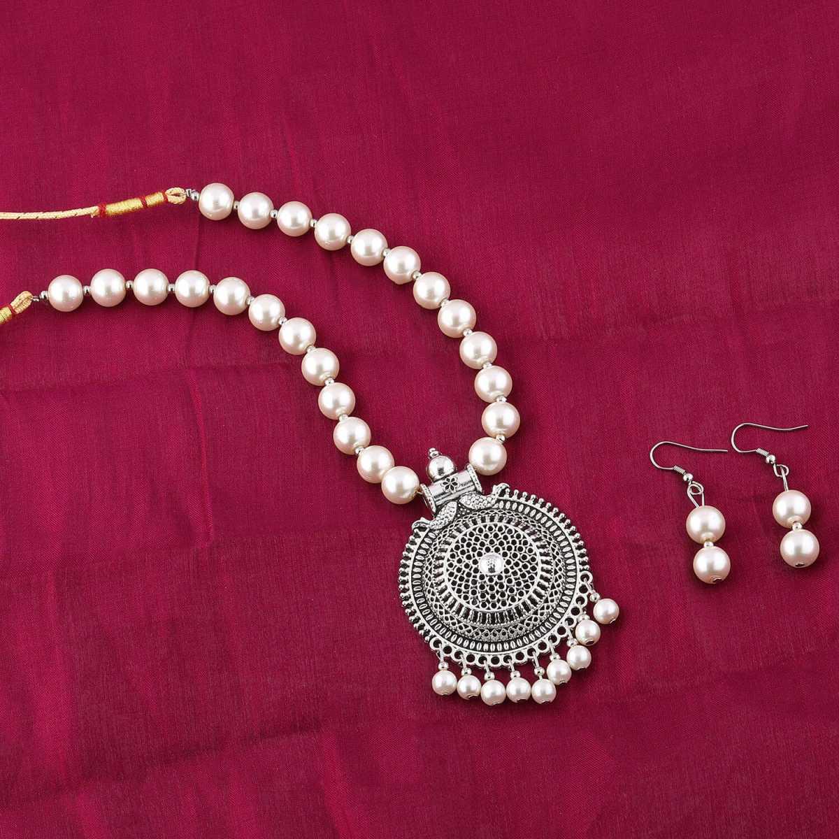 Elegant  Oxidised Pendant White Glossy Pearl Jewellery set for Women