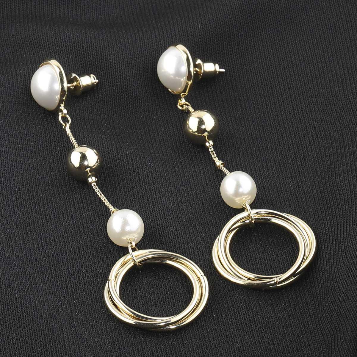 Silver Shine Stylist Designer Party Wear Fancy Pearl Drop Round Eand Earring For Girls And Women Jewellery