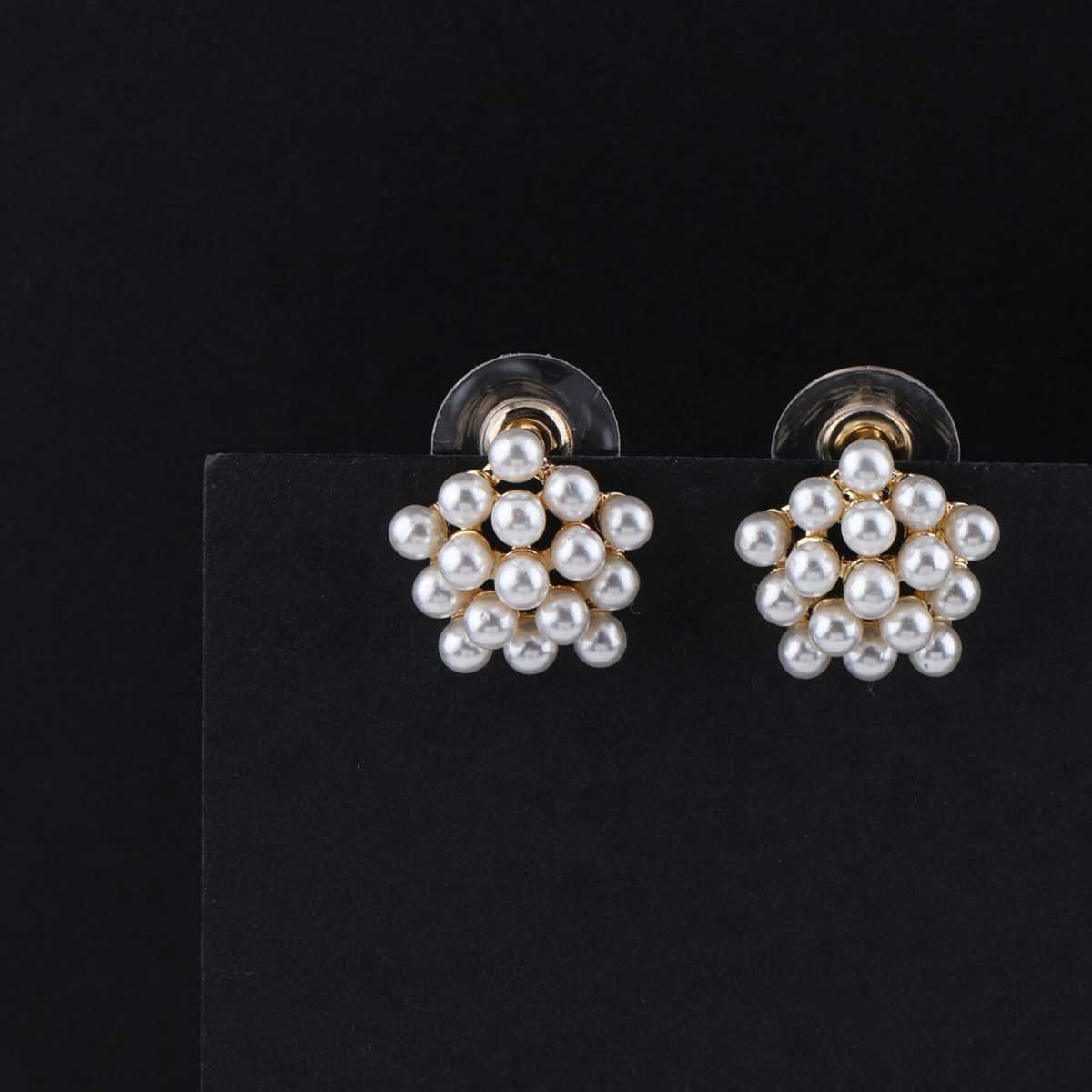 SILVER SHINE Party Wear Stylish Pearl Stud Earring For Women Girl