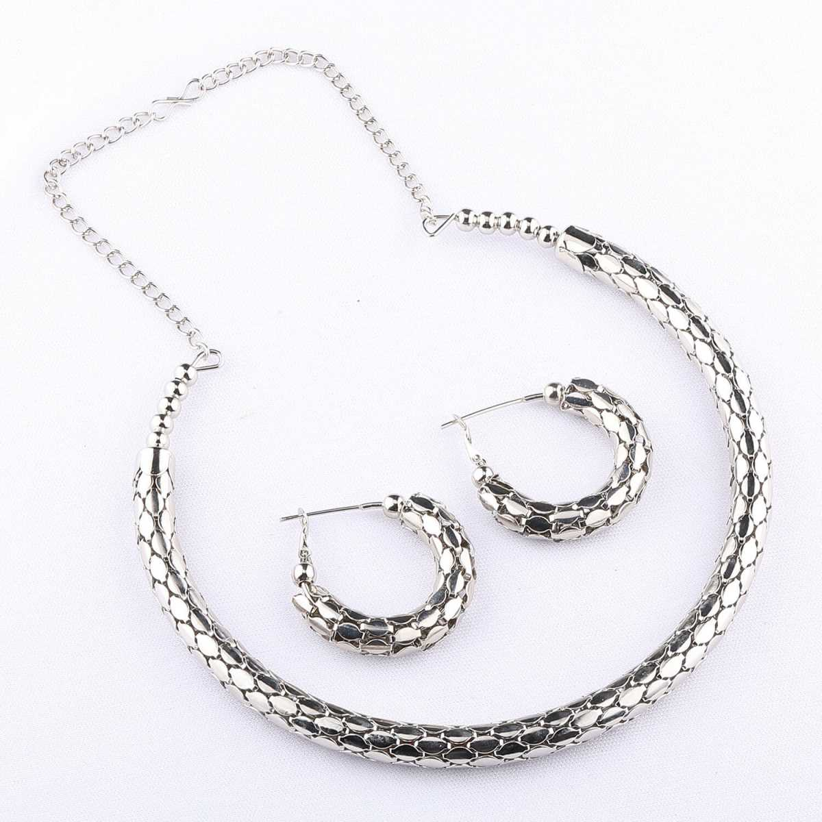 Exclusive silverplated Partywear Designer Shinning Hasli Necklace set For women Jewellery