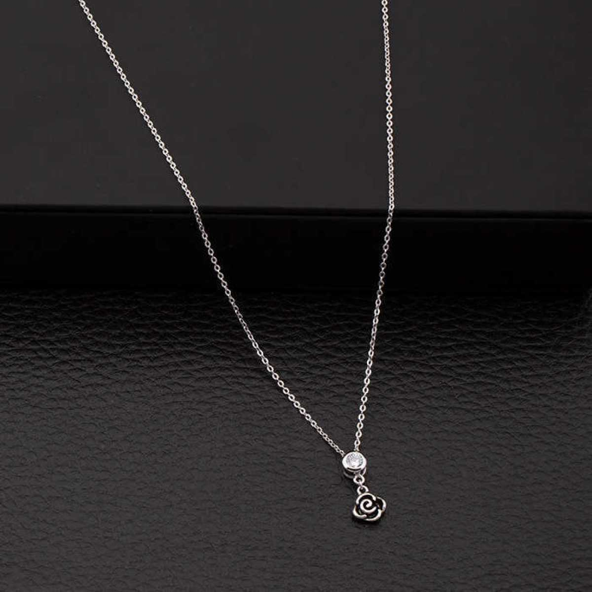 Black Flower Big Diamond Chain