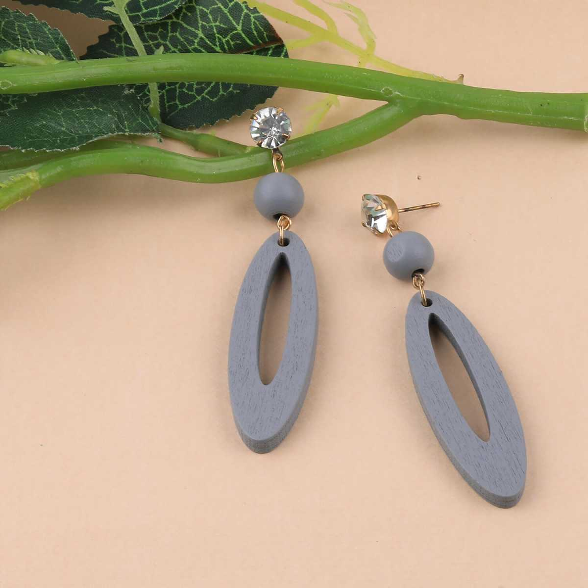 SILVER SHINE Beautiful Stylish Earring Grey Wooden Light Weight Dangler Earrings for Girls and Women.