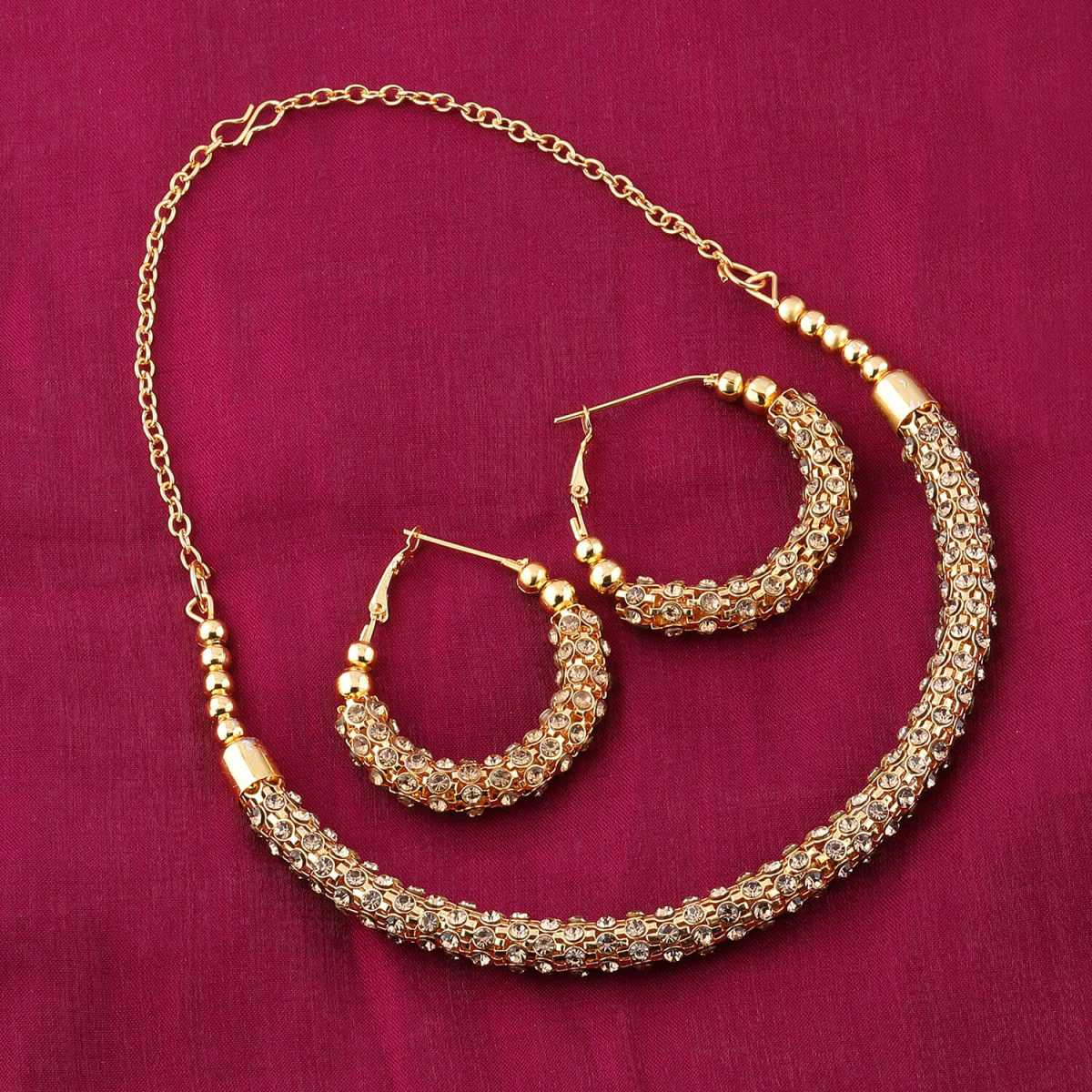Amazing Goldplated Diamond Studded Designer Hasli Necklace set For women Jewellery