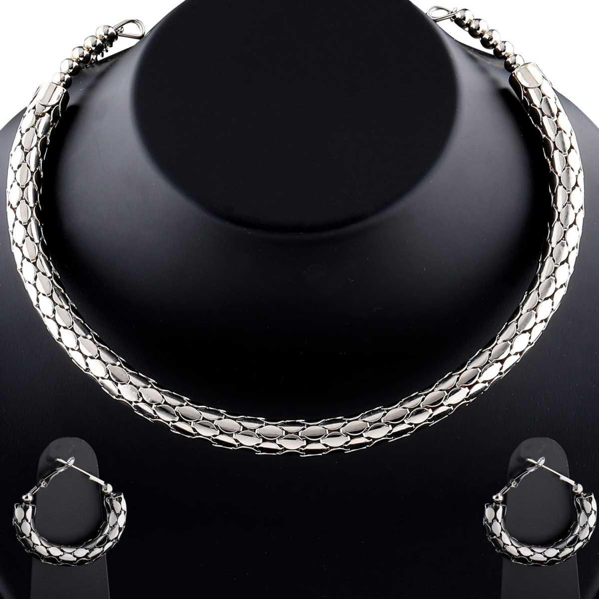 Designer silverplated Shinning Black Finish Partywear Designer Hasli Necklace set For women Jewellery