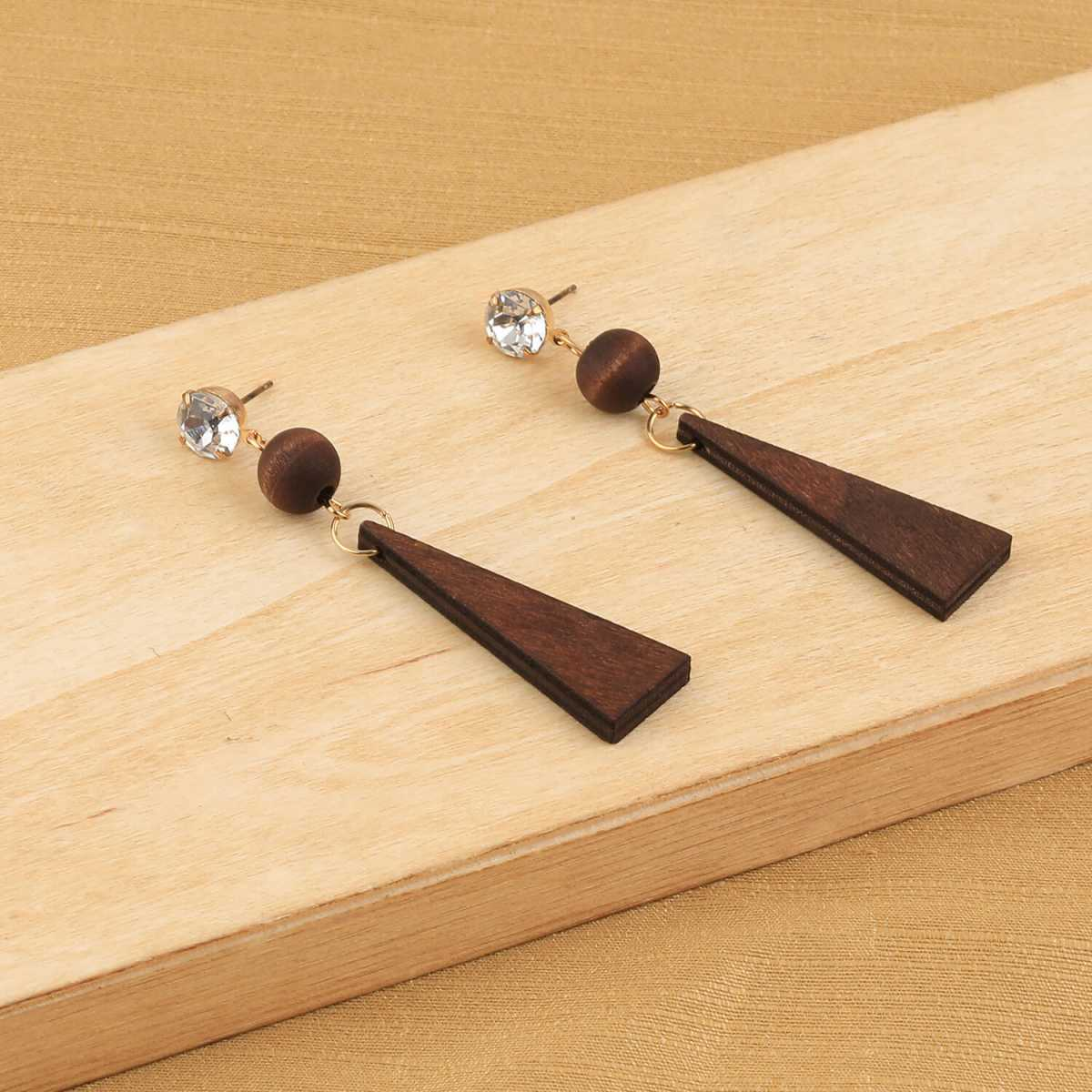 SILVER SHINE Delicate Natural Brown Wooden Dangler Diamond  Earrings for Girls and Women.